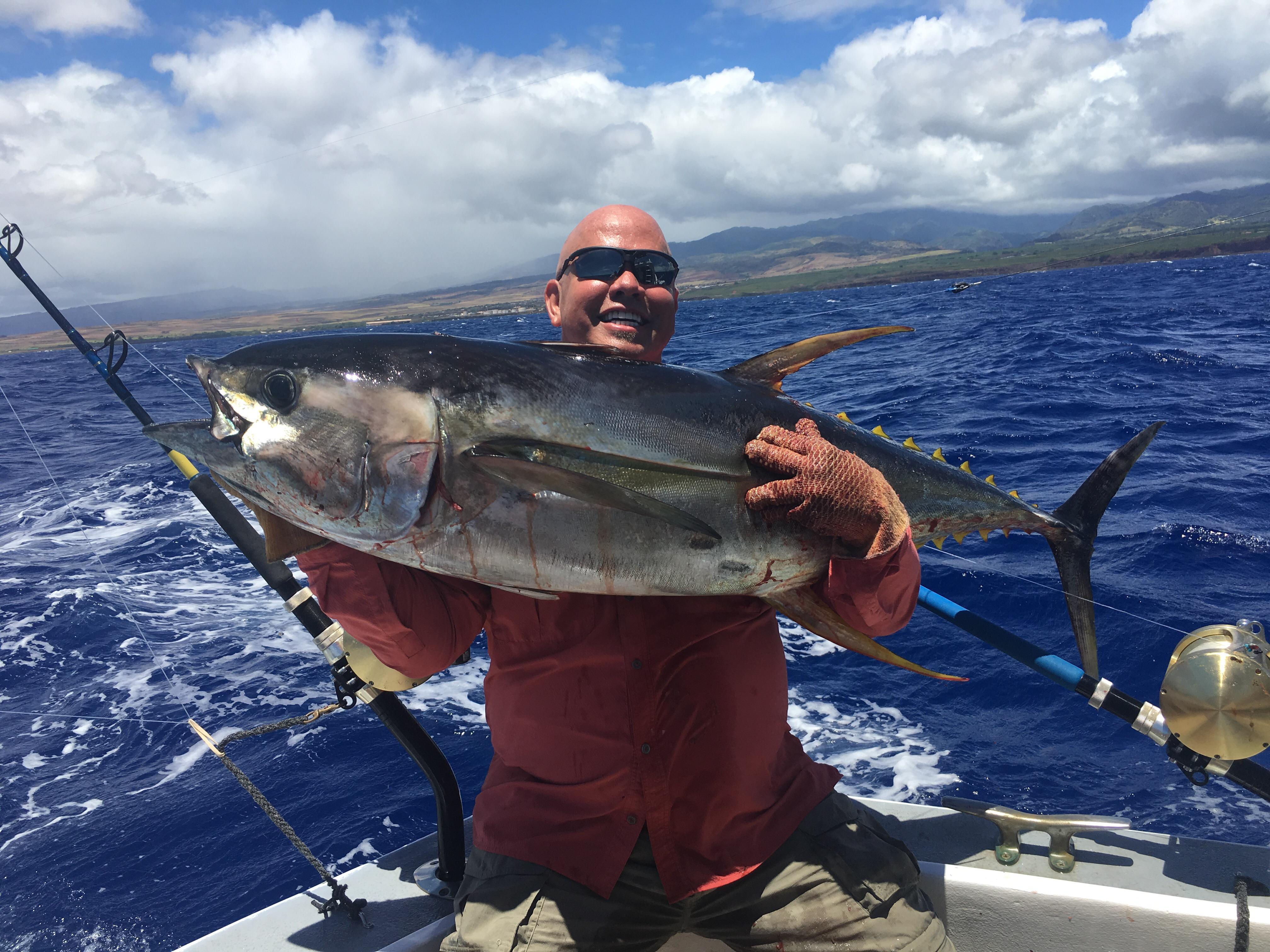 Kauai tuna fishing
